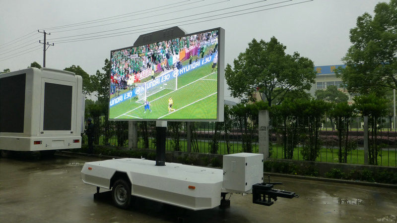 SMD 3 in 1 Mobile Digital Advertising Vehicle Full Color P5