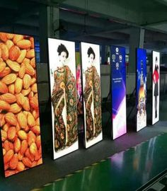 Portable Digital Led Mirror Poster Light Box Displays 2018 Innovative P2.5 Indoor